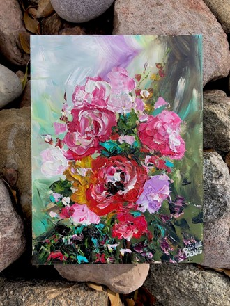 Painting by Giselle Denis Canadian fine artist of red, pink and purple flowers with a blue, purple and green background.